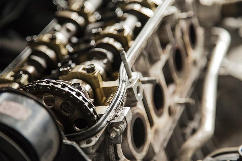 Rezervni dijelovi za automobile - motor automobila